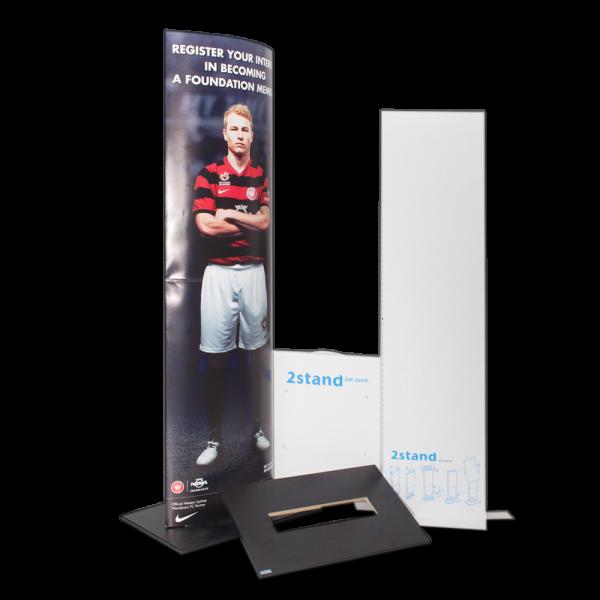 2Stand display, hylsor med tryckt budskap till kampanj