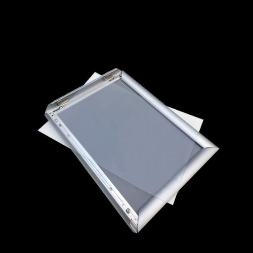 Plastfront skydd till snäppram
